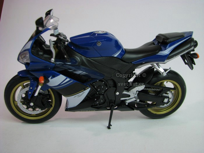 Yamaha YZF-R1 blue 1:10 Welly