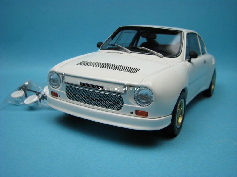 Škoda 130 RS 1976 plain body version white 1:18