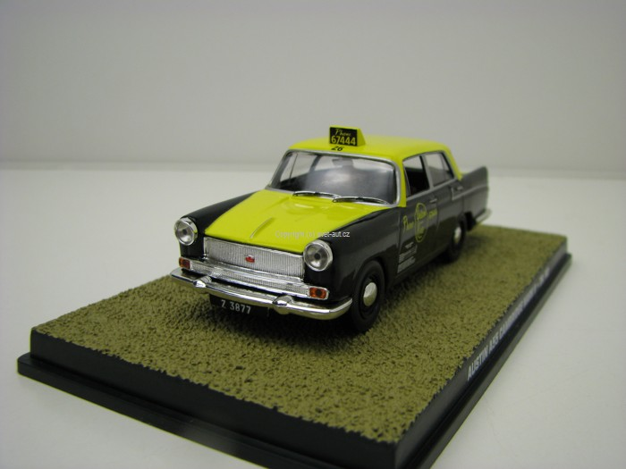 Austin A55 Cambridge Mark II Dr. No James Bond 007 1:43 Universal Hobbies