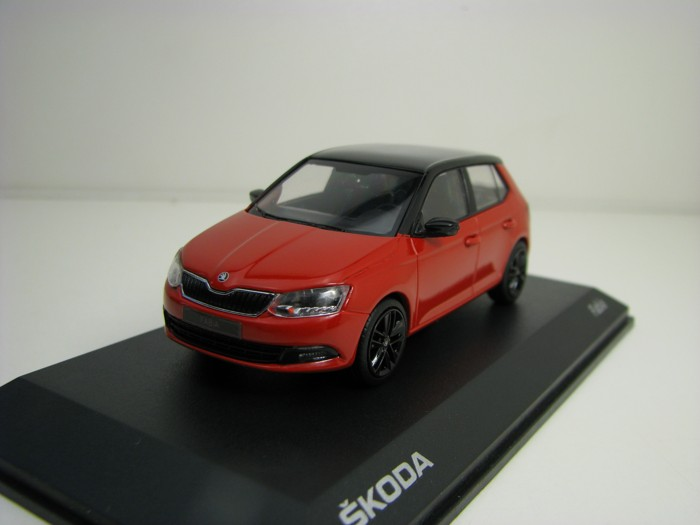 Škoda Fabia III Red Corrida Black roof 1:43 i-Scale