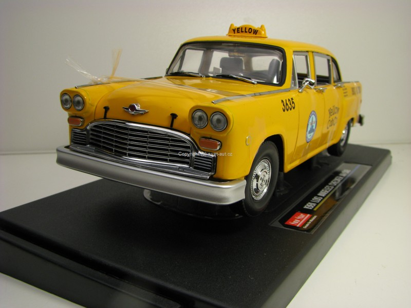 Checker A11 Los Angeles Taxi 1981 1:18 Sunstar