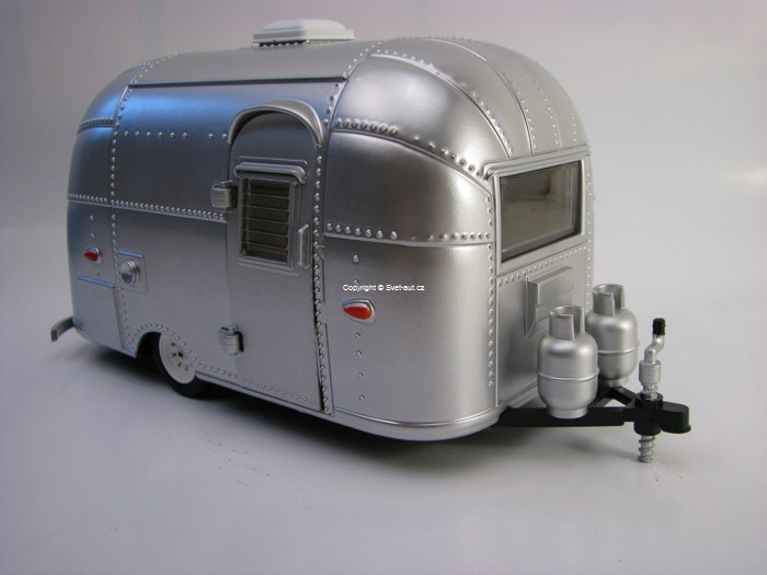Caravan Airstream Bamby Sport 1:24 Greenlight