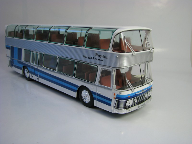 Autobus Neoplan Skyliner NH22L Germany 1983 1:43 Atlas