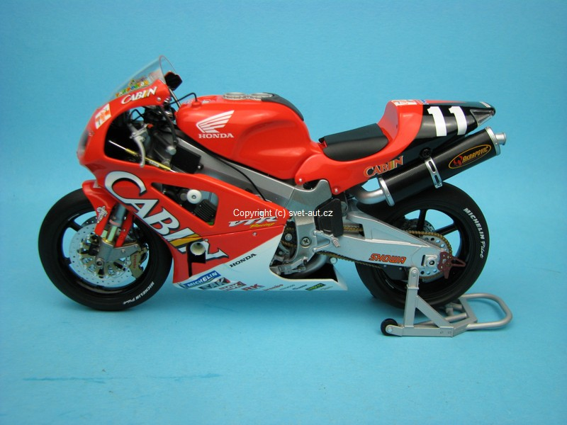 Honda VTR 1000 Valentino Rossi Colin Edwards No.11 Winner 8h Suzuka 2001 1:12 Minichamps