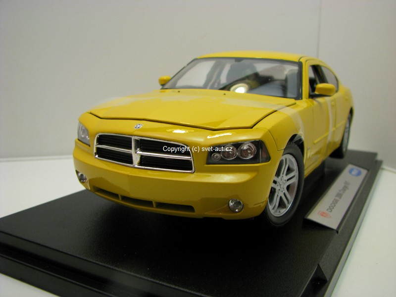 Dodge Charger R/T 2006 Yellow 1:18 Welly