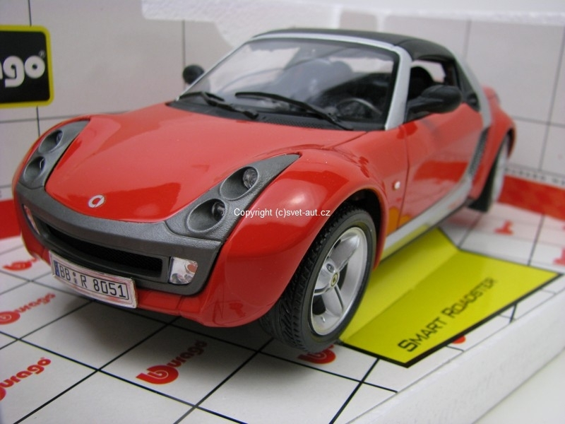 Smart Roadster red 1:18 Bburago Italy