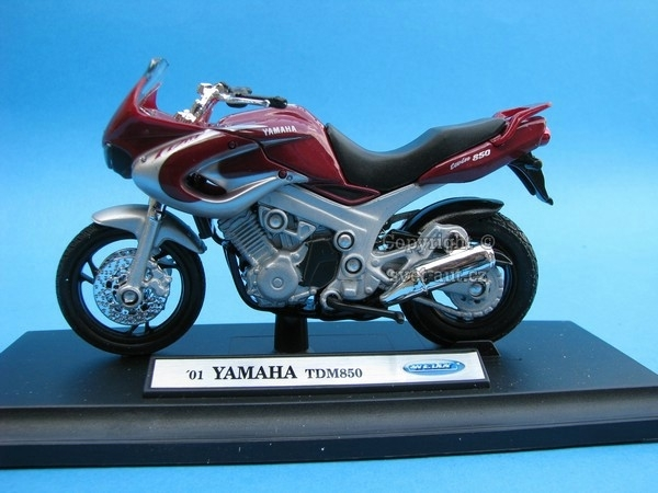 Yamaha TDM850 purple 1:18 Welly
