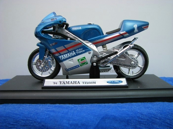 Yamaha TZ250M 1994 Blue 1:18 Welly