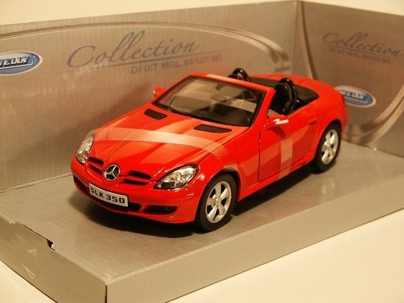 Mercedes-Benz SLK350 Cabrio red 1:24 Welly