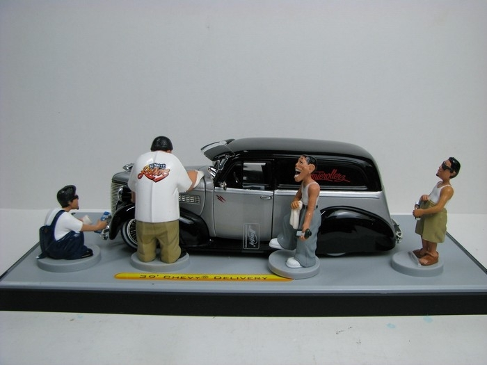 Chevrolet Delivery 1939 silver Homierolers 1:24 Jada Toys