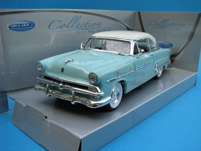 Ford Crestline Victoria 1953 blue 1:24 Welly