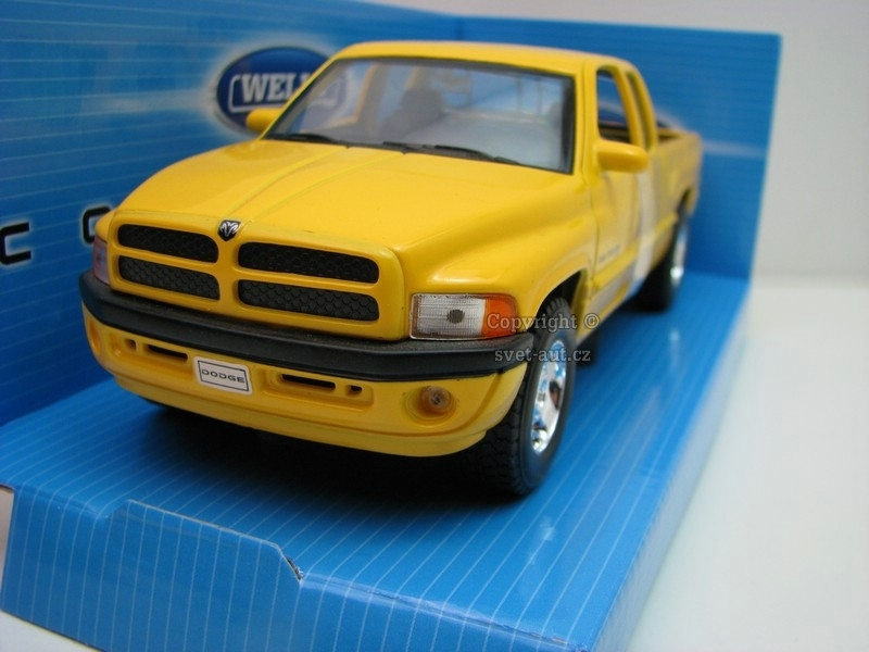 Dodge Ram Quad Cab 1500 Sport yellow 1:24 Welly