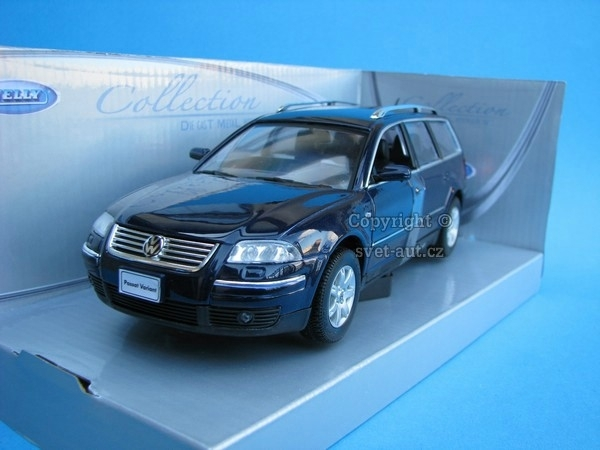 Volkswagen Passat Variant 2001 blue 1:24 Welly