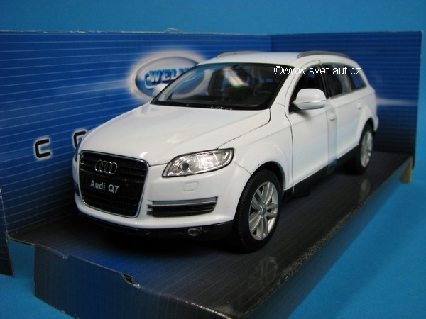 Audi Q7 white 1:24 Welly
