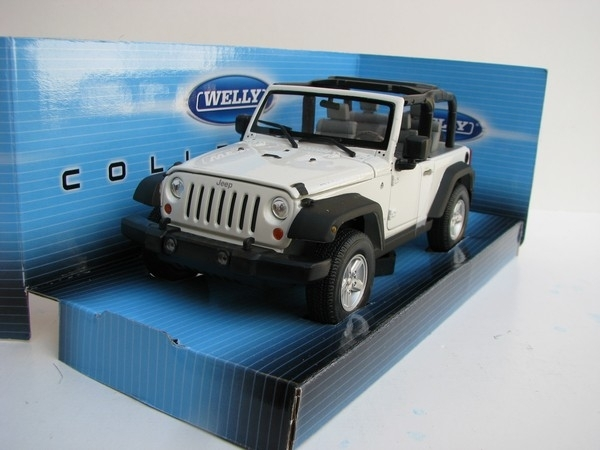 Jeep Wrangler Rubicon 2007 White 1:24 Welly