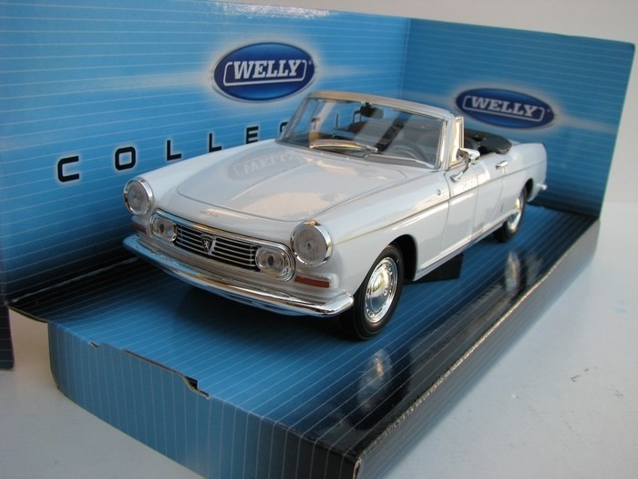Peugeot 404 Cabrio white 1:24 Welly