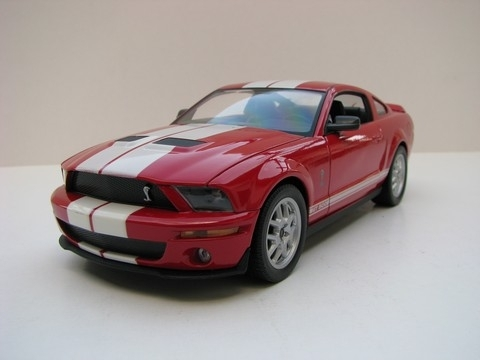 Shelby Cobra GT500 red 2007 1:24 Welly