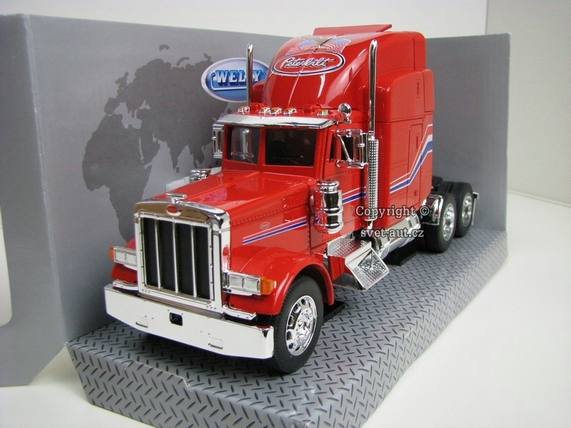 Peterbilt 379 Tahač Red 1:32 Welly