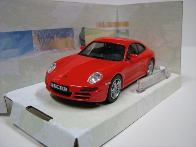 Porsche 911 Coupé red 1:43 Cararama