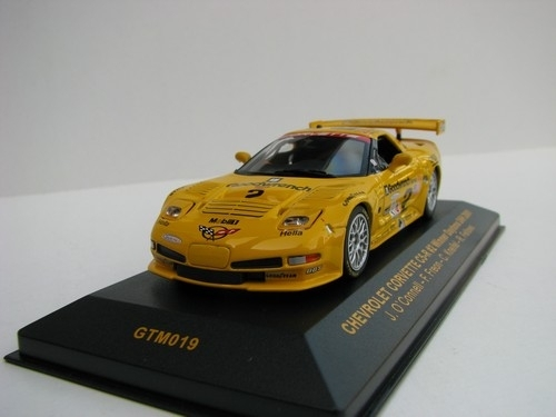 Chevrolet Corvette C5 R No.2 Winner Daytona 24h 2001 1:43 Ixo