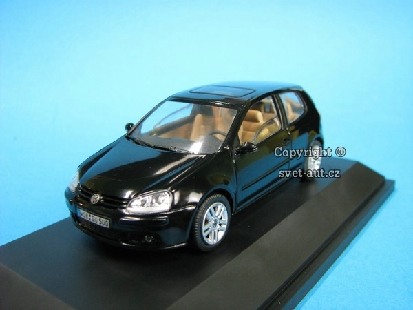 Volkswagen Golf 3 doors black 1:43 Schuco