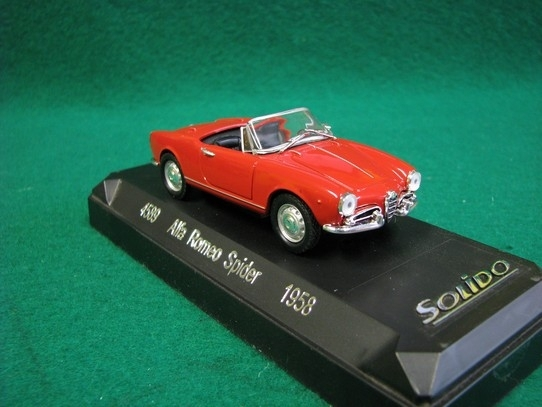 Alfa Romeo Spider 1958 Red 1:43 Solido