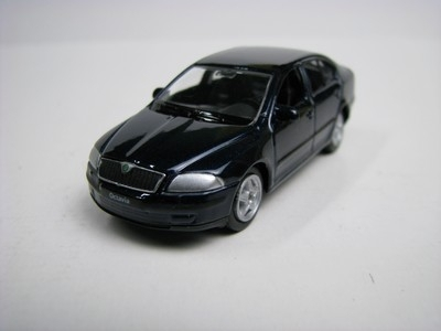 Škoda Octavia II blue 1:60 Welly