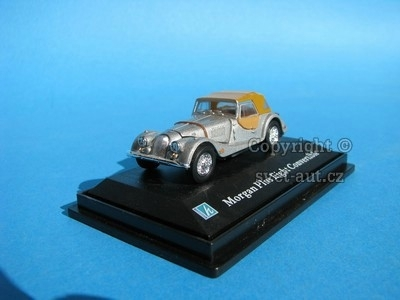 Morgan Plus Eight Convertible silver 1:72 Cararama