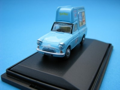 Ford Anglia Soft Ice Cream Tonibell 1:76 Oxford