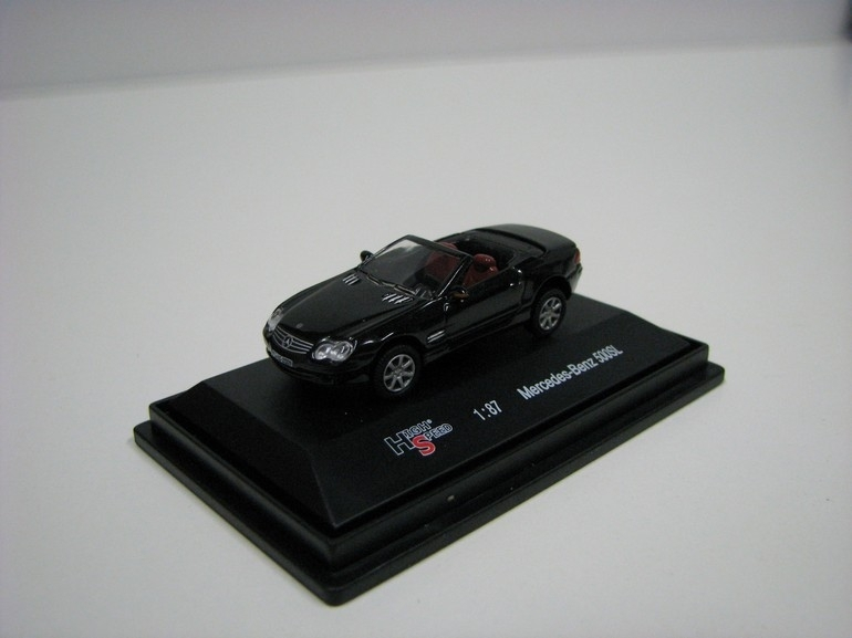 Mercedes-Benz 500SL Black 1:87 High Speed
