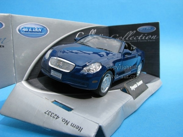 Toyota Soarer blue 1:32-36 Welly