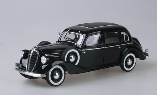 Škoda Superb 913 (1938) Black 1:18 Abrex