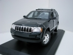 Jeep Grand Cherokee 2005 Green 1:18 Maisto