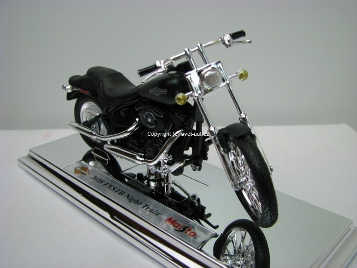 Harley-Davidson 2008 FXSTB Night Train 1:18 Maisto