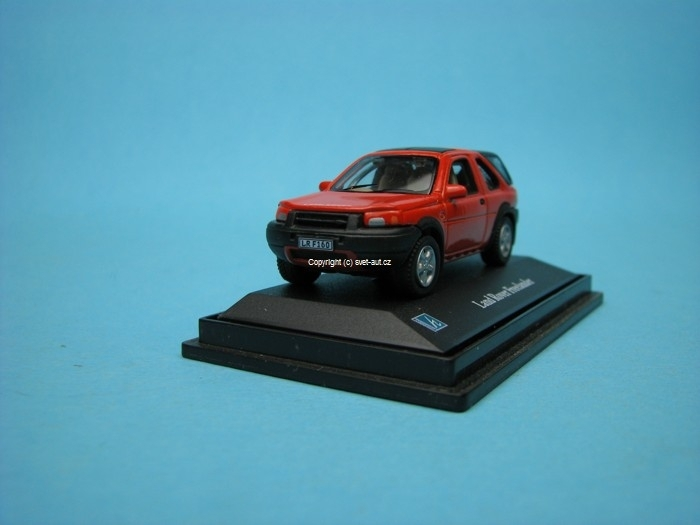Land Rover Freelander red 1:72 Cararama