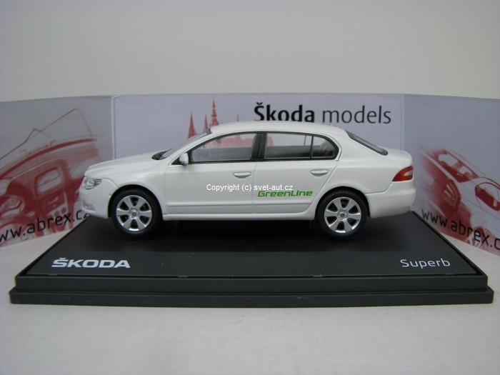 Škoda Superb II white Greenline 1:43 Abrex