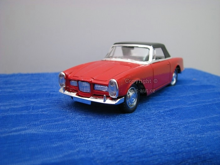 Facel Vega 2 1962 red 1:43 Solido