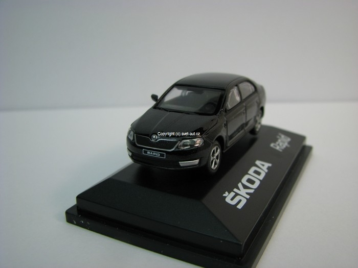 Škoda Rapid 2012 DA Black Magic 1:72 Abrex
