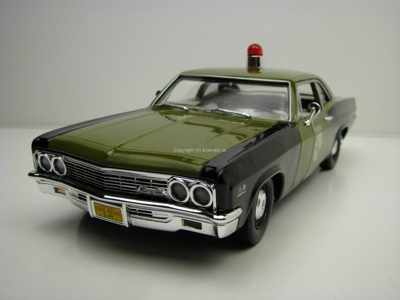 Chevrolet Biscayne 1966 Maryland State Police 1:18 Ertl Auto World