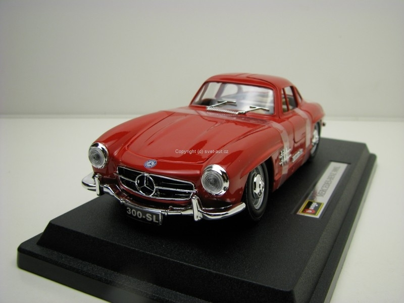 Mercedes-Benz 300SL Red 1:24 Bburago