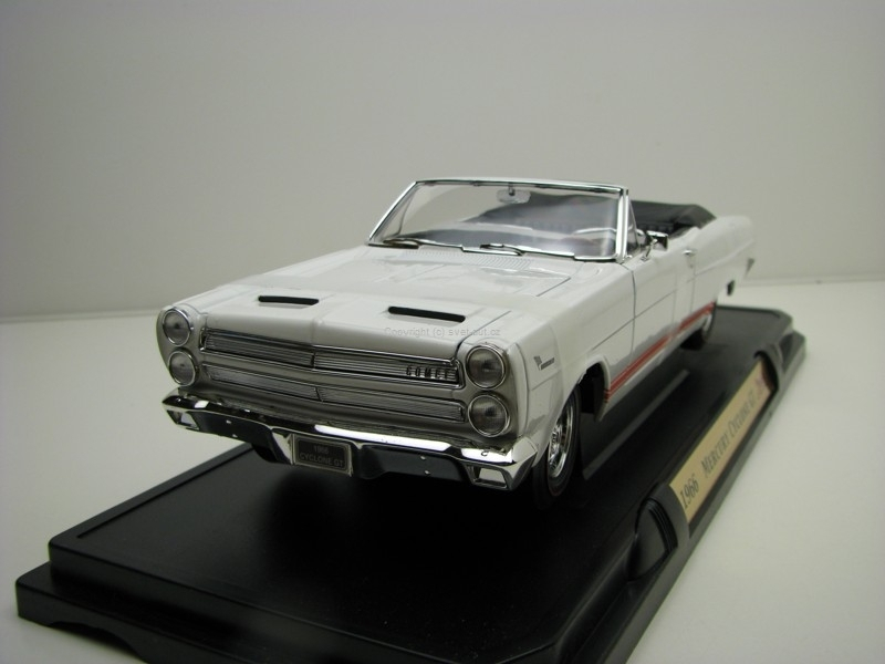 Mercury Cyclone GT 1966 white 1:18 Yat Ming