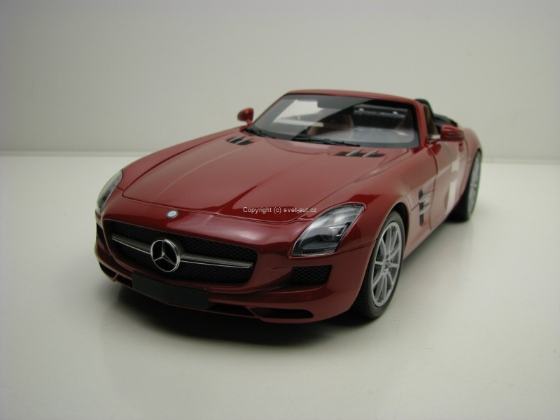 Mercedes-Benz SLS AMG Roadster 2011 Red metallic 1:18 Minichamps