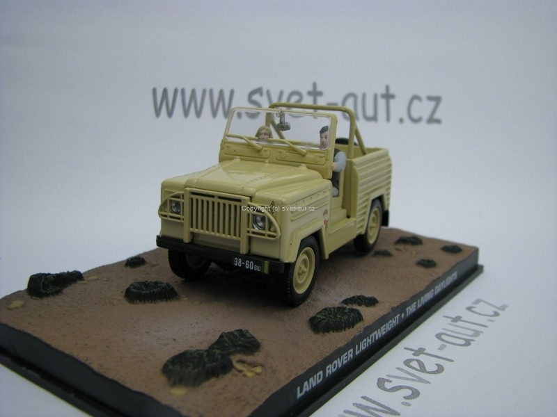 Land Rover Lightweight The Living Daylights James Bond 1:43 Universal Hobbies
