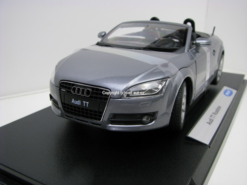 Audi TT Roadster grey 1:18 Welly