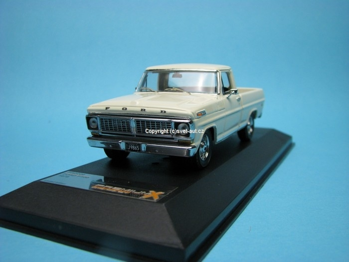 Ford F100 1979 Off white 1:43 Premium X