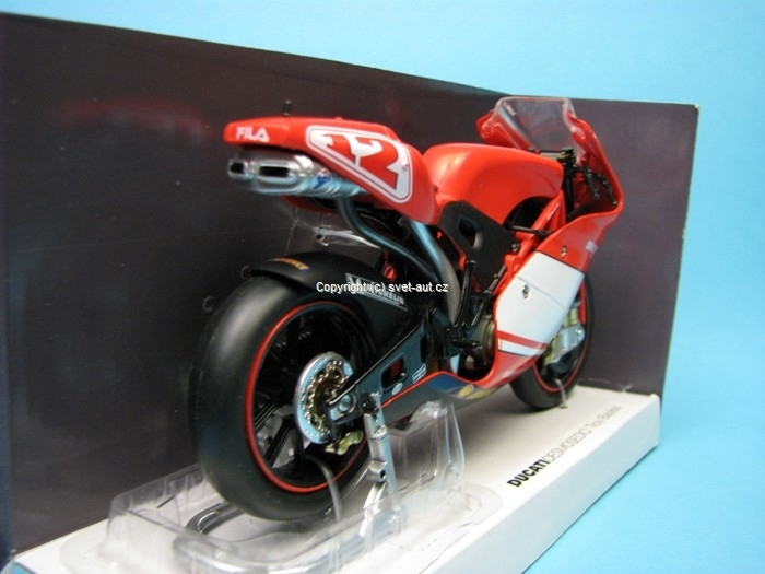 Ducati Desmosedici No.12 Troy Bayliss 1:12 New Ray