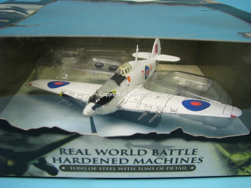 Hawker Huricane U.K. North Atlantic 1944 1:72 Unimax