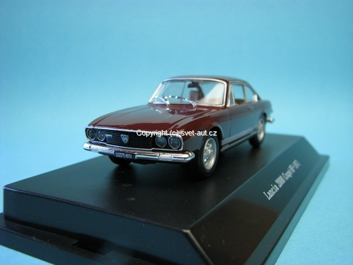 Lancia 2000 Coupé HF 1971 Red Amaranto 1:43 Starline