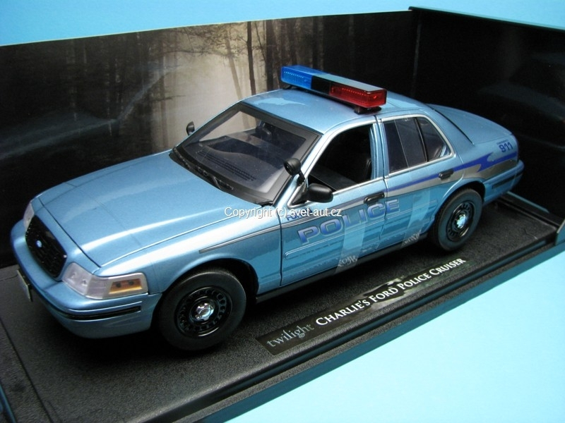Ford Crown Police Cruiser Twilight 1:18 Greenline
