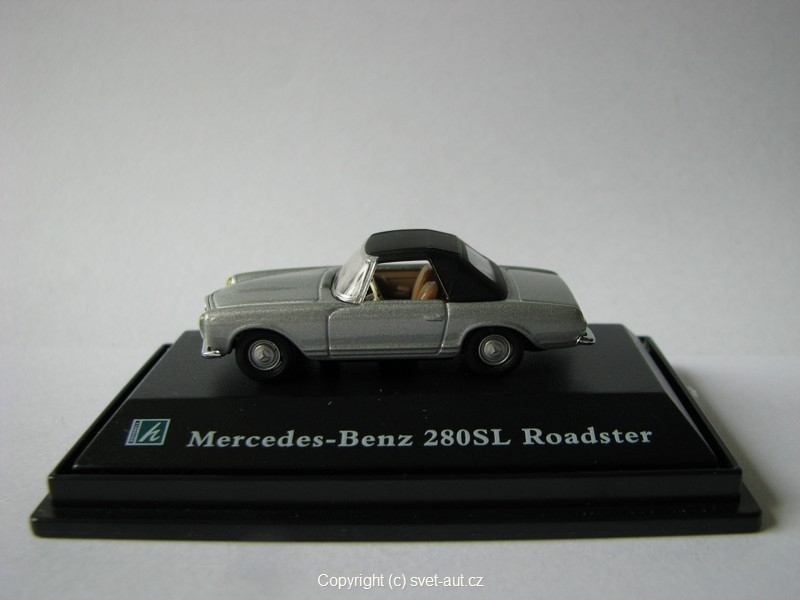 Mercedes 280SL Roadster closed 1:87 Cararama